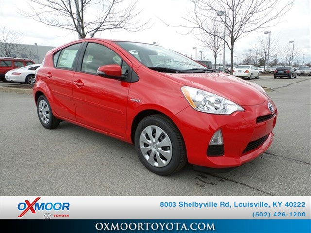 New 2014 Toyota Prius c Two