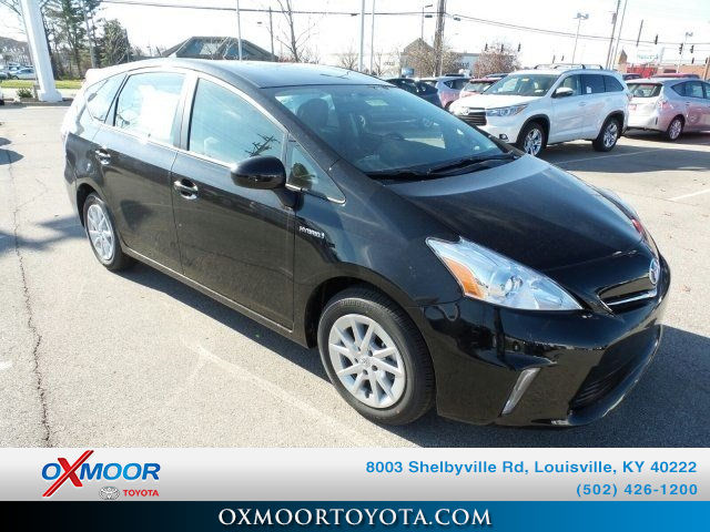 New 2014 Toyota Prius v Three